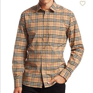 Men Burberry long sleeve Button down- Size Small
